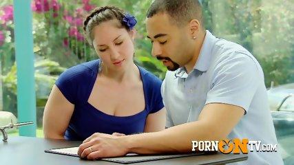 pornontv-11-o7-219-contenido-s-t3-cap7-3Black couple arrives at the Swinger Mansion to fuck white