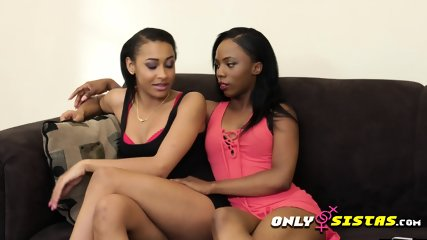 Black or Ebony lesbian sistas only eating pussy of muff diving