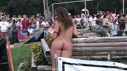 Naked Chicks - scene 11