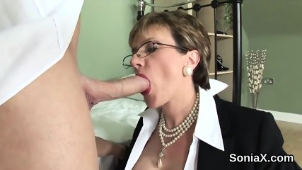 Adulterous english milf lady sonia unveils her giant jugs