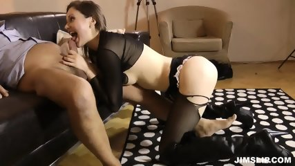 Lady With Torn Pantyhose Gets Fucked And Licked