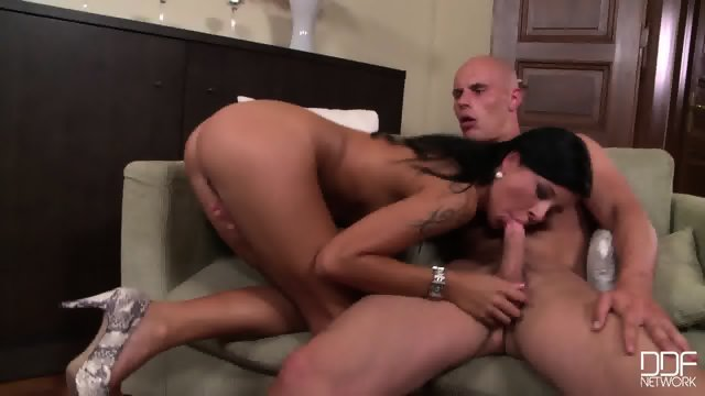 Mia Has Cum On Her Sweet Face After Dick Sucking