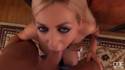 Secretary Takes Chief's Cock In Throat