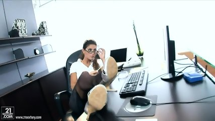 Hardcore Anal Action In The Office - scene 1