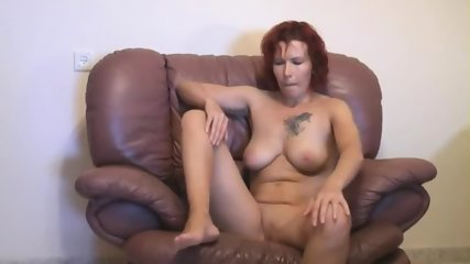 Redhead Amateur Mature Woman Sucking And Fucking On Sofa - scene 2