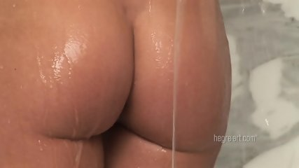 The Wet Juicy Pussy - scene 8