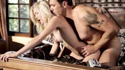 Rough Sex With Blonde Whore