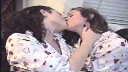 Long lesbian Kiss - scene 7