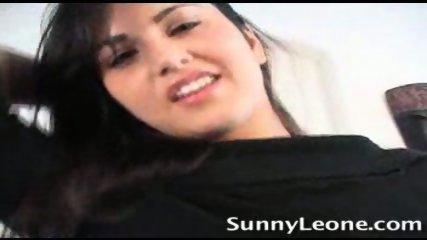 Sunny Leone alone at Home - scene 3