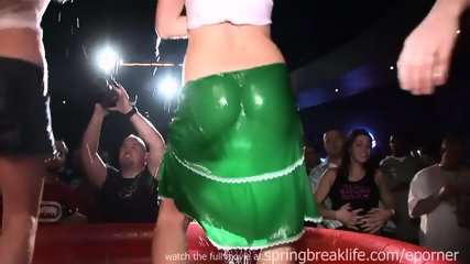 Girls Night Out - Wet T Contest - scene 9