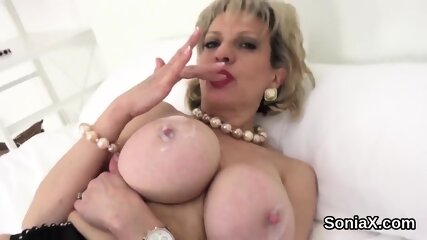 Unfaithful english mature lady sonia unveils her big tits