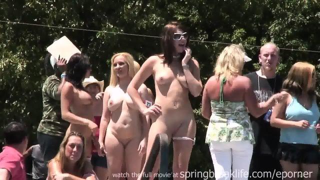 Naked Gogo Dancers