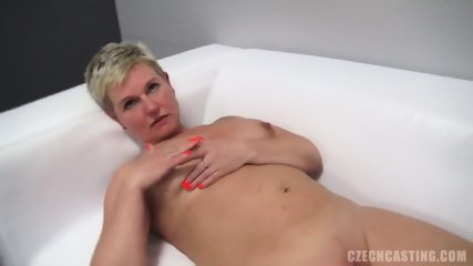 Blonde Amateur Gives Pussy At The Casting - scene 5