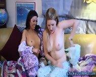 Amateur Lesbians Finger - scene 5