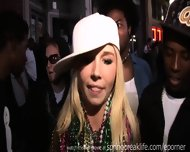 Mardi Gras Flashers - scene 3