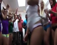 Group Of Horny Girls Copulate On College - scene 5