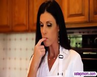 Gf Catches Her Boyfriend Fucking Her Step Mom In The Kitchen - scene 2