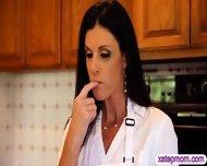 Gf Catches Her Boyfriend Fucking Her Step Mom In The Kitchen - scene 2