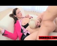 Chloe Foster And Milf Samatha Ryan Takes Turn On Teen Dick - scene 7