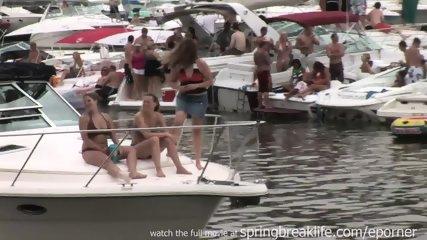 Party Cove Chicks - scene 9