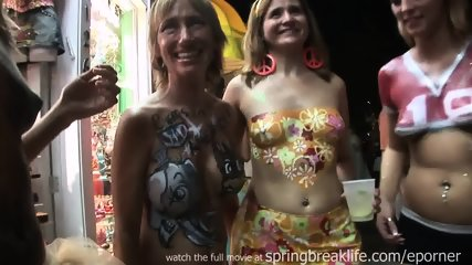 Body Paint Key West Chicks - scene 10