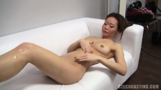 Asian Amateur Takes Off Sexy Lingerie