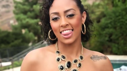 Hot Latina Cherry Hilson Gets Throated - scene 3