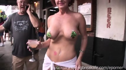 Flashing In Key West - scene 8