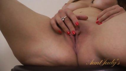 Round Lady Rubs Pussy - scene 8