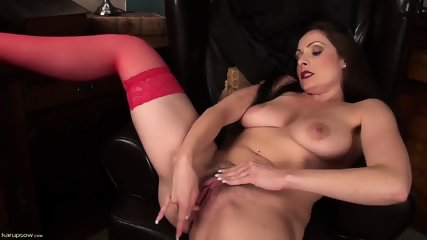 Sexy Mommy Shows Her Vagina - scene 12