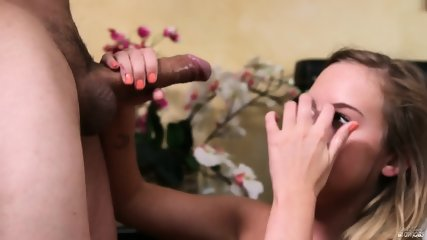 Teenage Girl Knows How To Suck Dick - scene 10