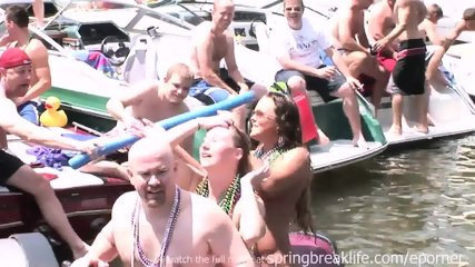 Party On The Water - scene 2