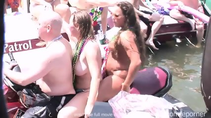 Party On The Water - scene 4