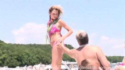 Bikini Girls Get Naked