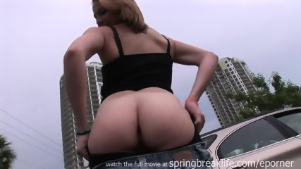 Flashing Downtown - scene 7