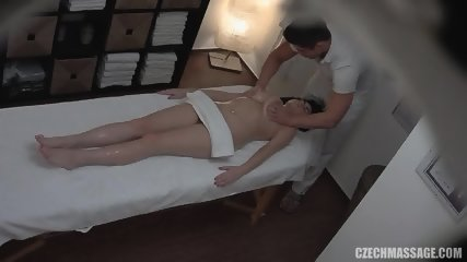 Amateur Lady Fucked On Massage Table - scene 4