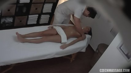 Masseur Touches His Sexy Customer - scene 7