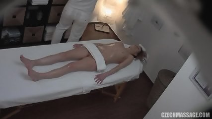 Amateur Girl Gets Pussy And Tits Massage - scene 8