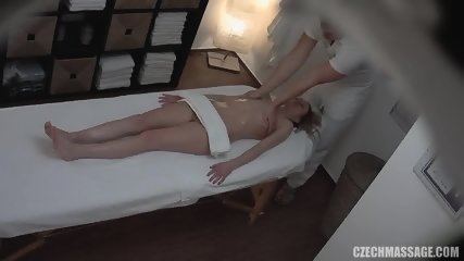 Amateur Girl Gets Pussy And Tits Massage - scene 7