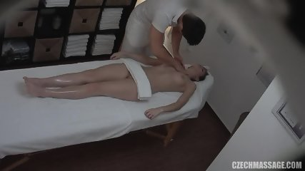 Massage For Amateur Lady - scene 4