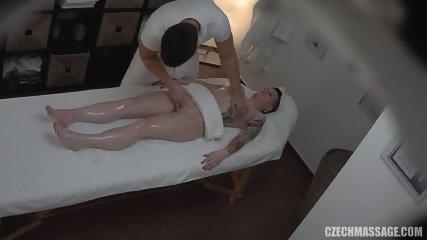Amateur Brunette Gets Pussy Massage - scene 8