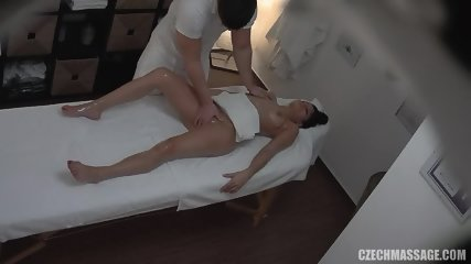 Lady Needs Pussy Massage - scene 9