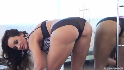 Nice Masturbation In Front Of The Mirror - scene 1
