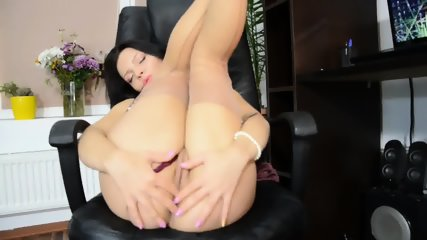 Solo Action In The Office - scene 8
