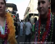 Mardi Gras Chicks - scene 8