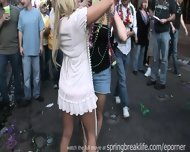 Mardi Gras Chicks - scene 10
