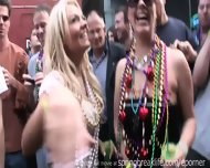 Mardi Gras Chicks - scene 5