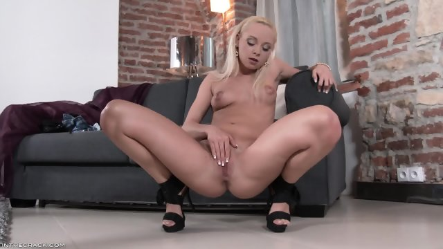 Teenage Blonde Masturbates On The Couch