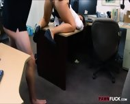 Big Butt Amateur Brunette Babe Pawns Her Sweet Pussy - scene 11