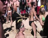 Texas Beach Party - scene 4